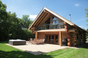 Luxury Log Cabins with Private Hot Tubs – Hidden River Cabins