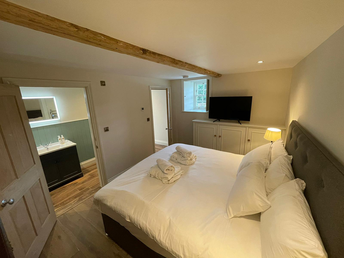 Farriers-Cottage_bedroom